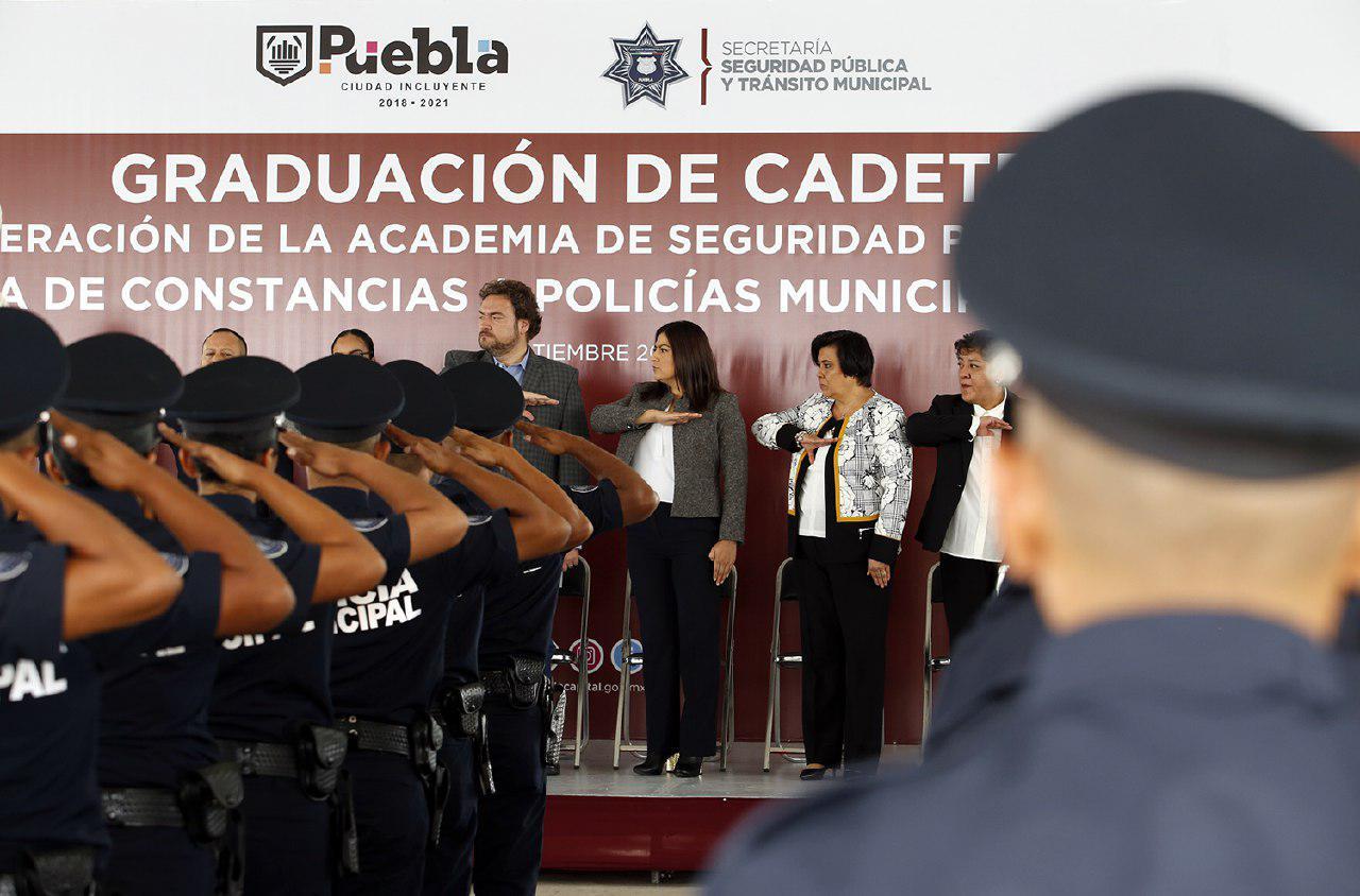 Barbosa no descarta ir tras José Tlachi y Francisco Cruz; se amparan