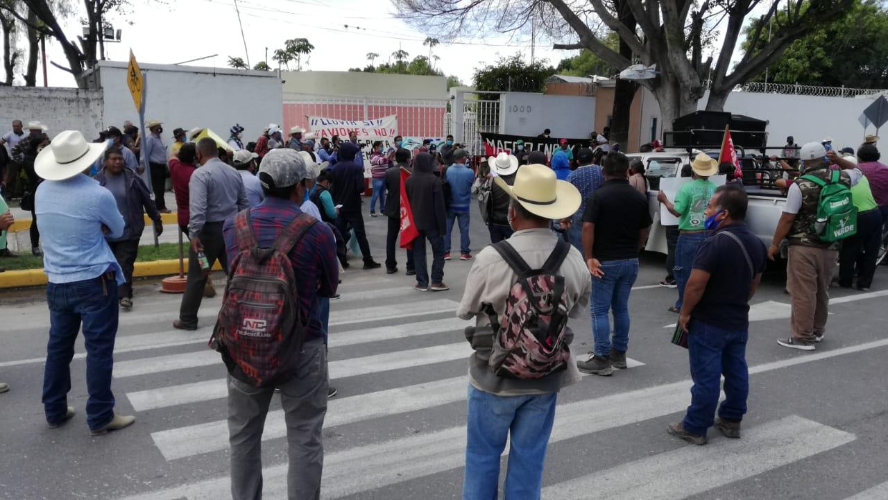 Campesinos de Tehuacán piden que avionetas cesen vuelos para inhibir lluvias