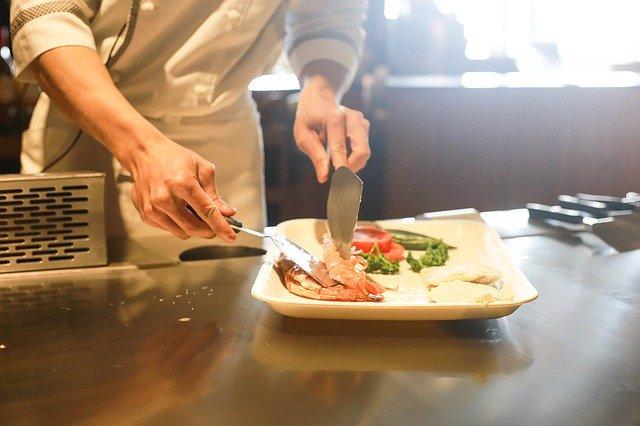 Si eres buen cocinero, Canadá podría contratarte por 34 mil pesos