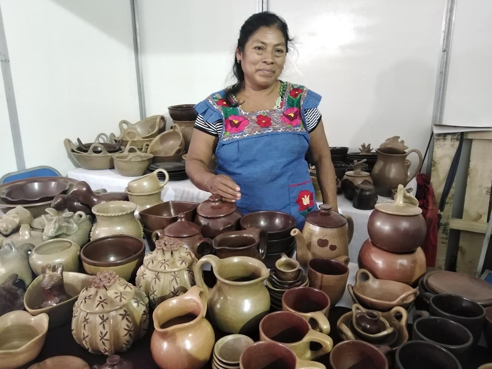 Artesanas de Tehuacán venden en redes sociales ante pandemia