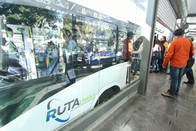 Déficit de 400 mdp impide adquirir unidades de RUTA: SFA