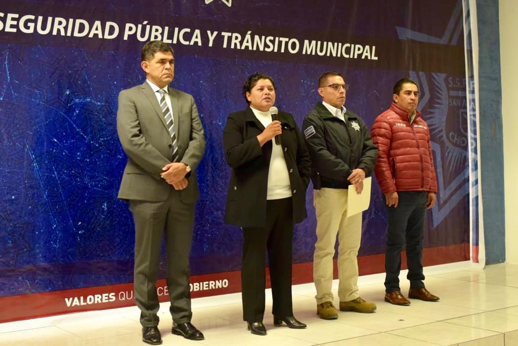 Pérez Popoca incrementa 15% salario a policías de San Andrés