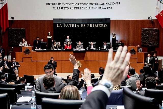 Senado quita fuero a legisladores