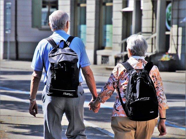 UACJ ofrecerá cursos y talleres a los adultos mayores