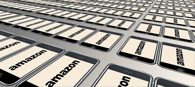 Si busca empleo, Amazon contratará a 30 mil personas