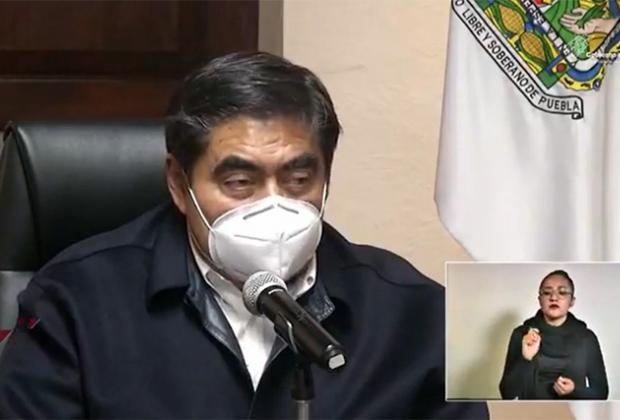 Comercio que rebase 33% de su cupo será cerrado en Puebla