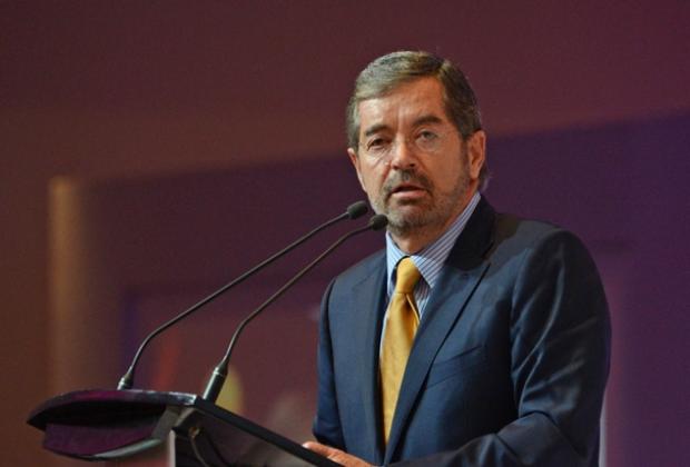 Las vacunas aprobadas por la OMS deben ser reconocidas: Juan Ramón de la Fuente