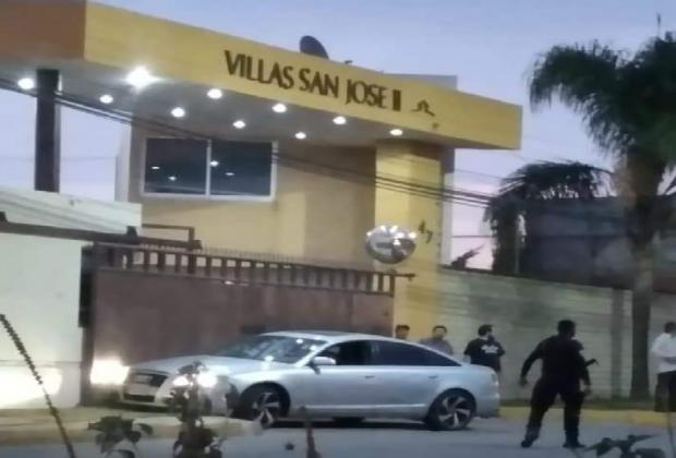 En balacera, matan a 2 en un Audi en fraccionamiento de Cuautlancingo