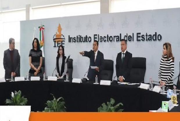 Rinde protesta García Onofre como presidente del IEE Puebla