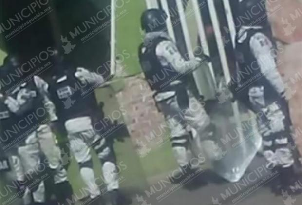 VIDEO Realizan mega operativo en Central de Abastos de Huixcolotla
