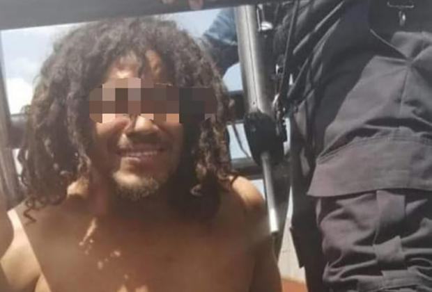 Detiene a sujeto que semidesnudo pretendía entrar a kínder en Huejotzingo