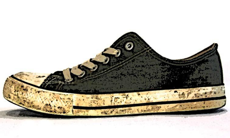 Suelas de zapato dejan entrar 400 mil bacterias las casas