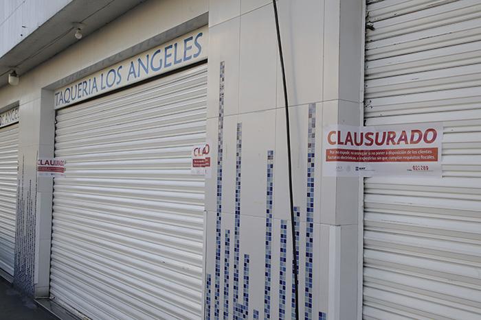 SAT clausura taquería Los Ángeles por no emitir facturas electrónicas