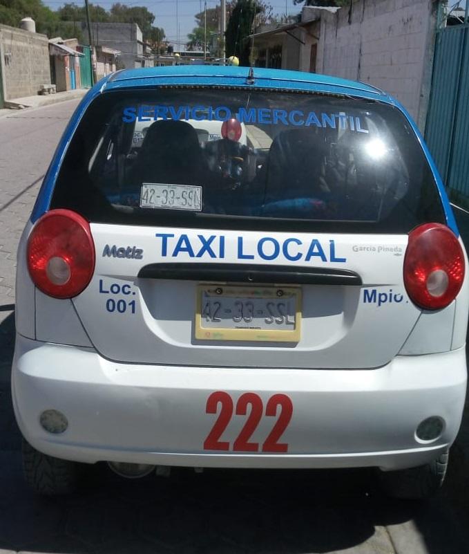 Sujetos piden servicio de taxi y se lo roban en Tecamachalco