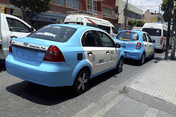 Taxistas de Tehuacán no detendrán actividades ante contingencia: CTM