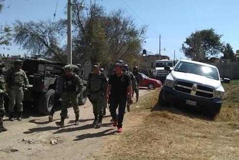 Durante investigación en Tlahuapan retienen a policías ministeriales