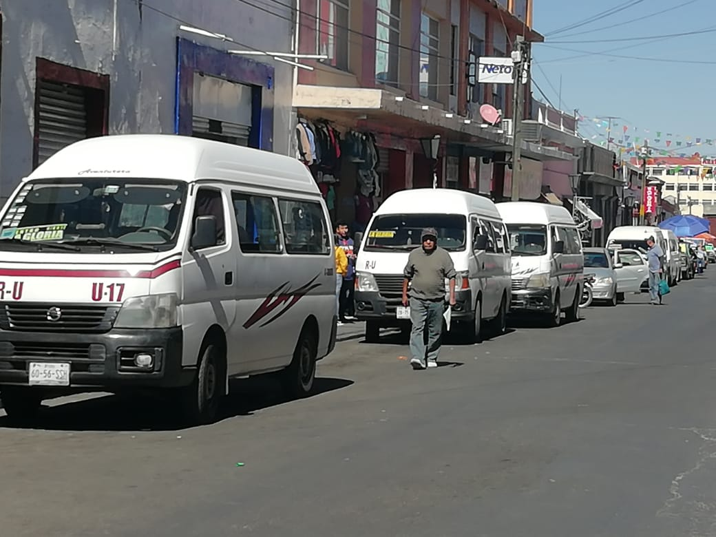 Incumplen compromiso de mejorar transporte en Serdán