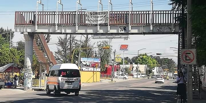 Asaltos complican situación económica de transportistas en Tehuacán