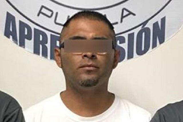 Detienen a profesor acusado de abuso sexual en Puebla