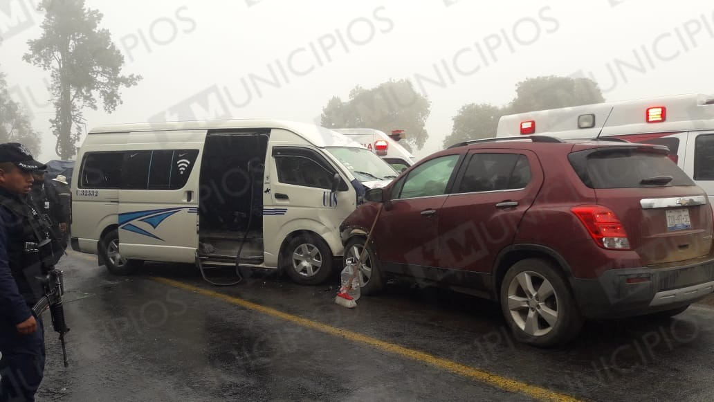 Choque en la Acuaco – Zacapoaxtla deja seis lesionados