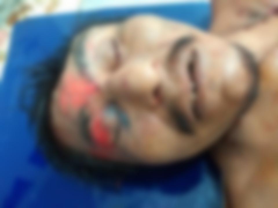 Embolsado y en una cuneta, encuentran cadáver en Jalpan