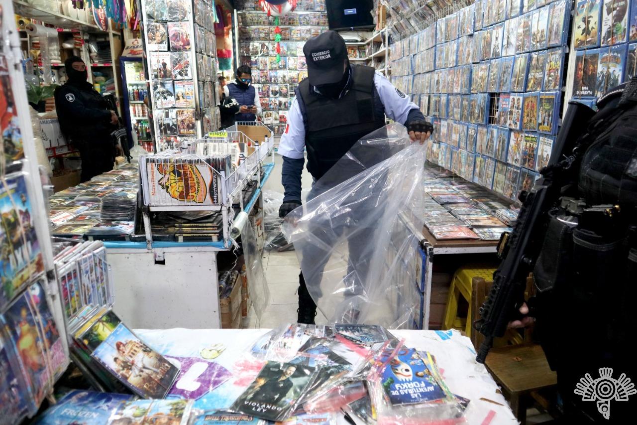 En operativo en Mercado Zapata decomisan piratería