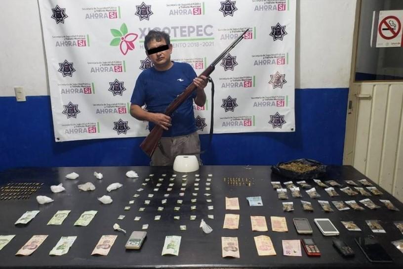 Hermilo cayó con cristal, cocaína, marihuana, armas y hasta dinero