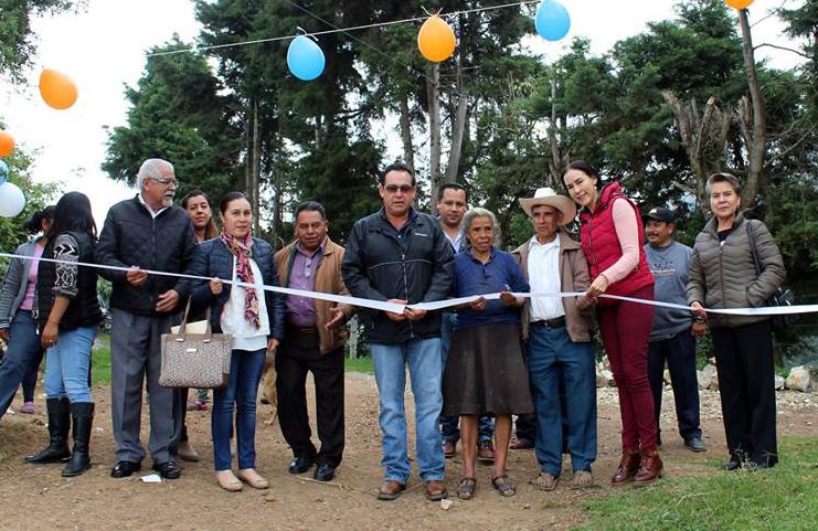 Inaugura Guillermo Lobato electrificación en San Francisco