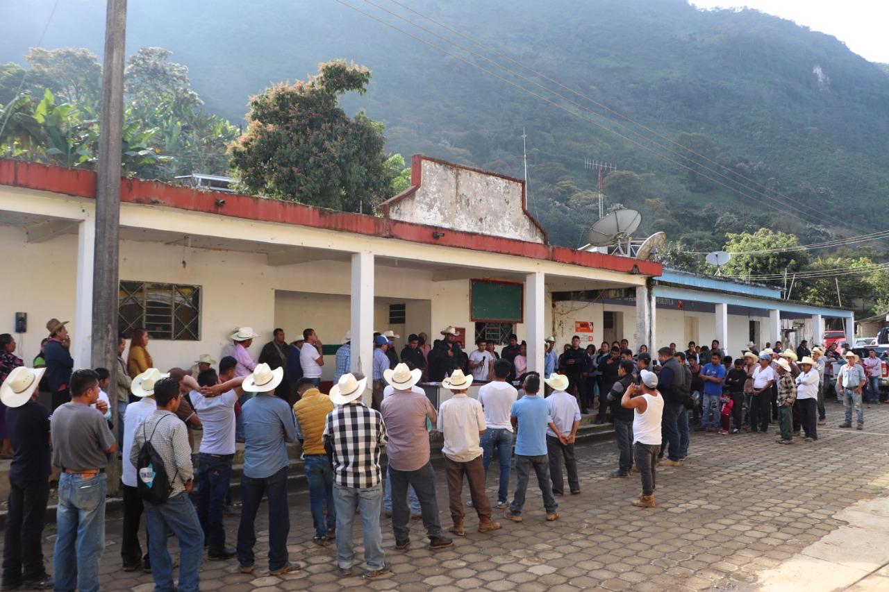 Alcalde de Zoquitlán trasparenta aplicación de recursos y obras