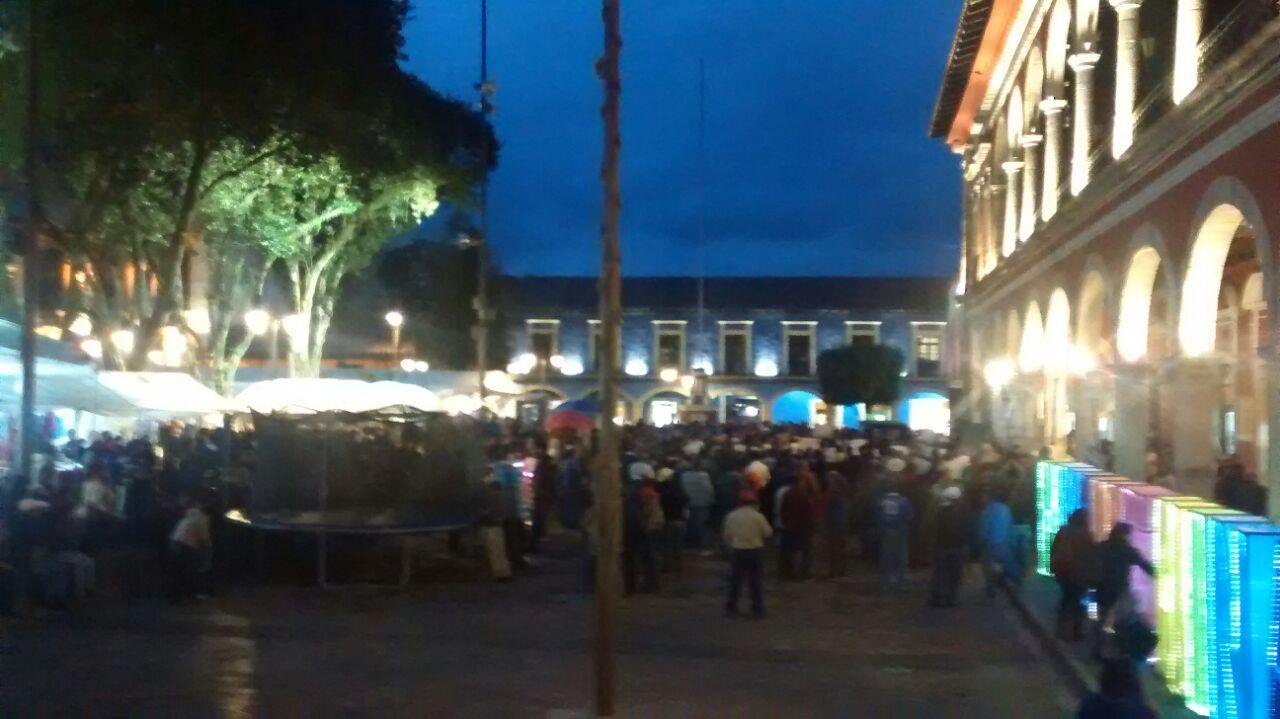 Convoca SME a seguir huelga de pagos a CFE en Sierra Norte