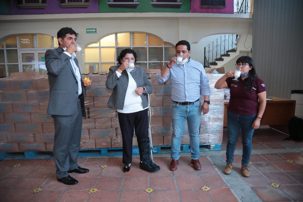 Recibe San Andrés Cholula 20 mil litros de leche de Bienestar Estatal