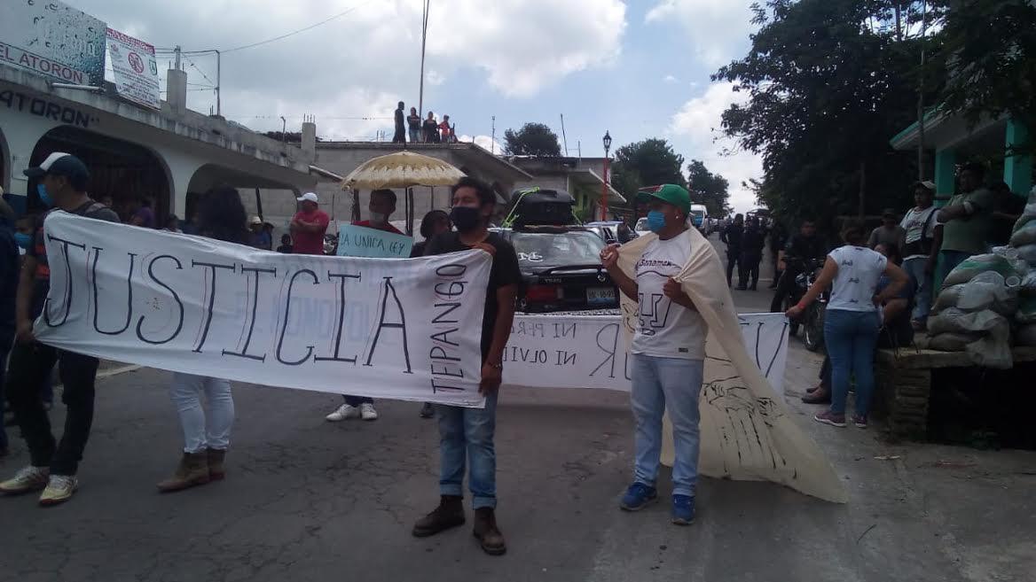 Exigen justicia en Tepango de Rodríguez por asesinato de Víctor Esteban