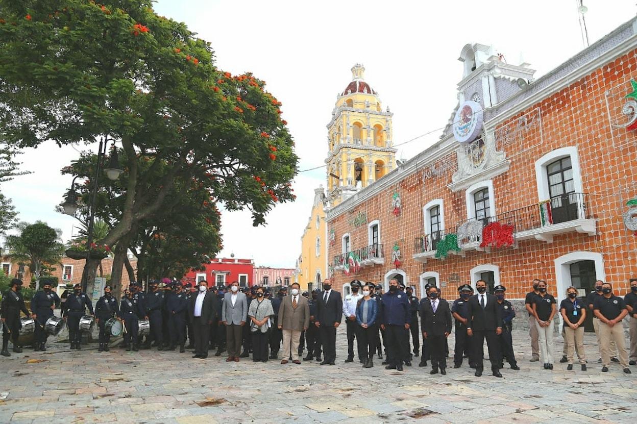 Minuto de silencio en Atlixco por las víctimas del temblor del 19s