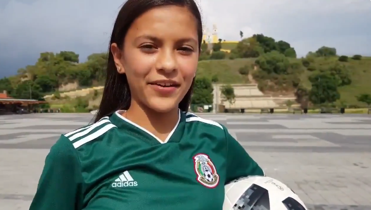 Niña poblana entregará balón en el partido México vs Alemania