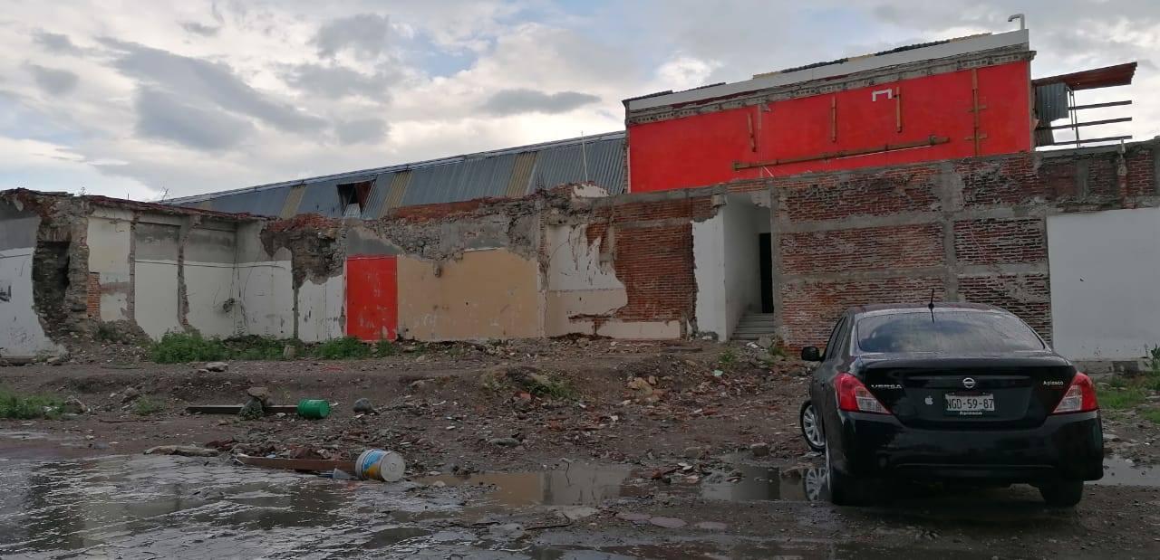 Reinician trabajos de edificación de nueva presidencia en Chietla