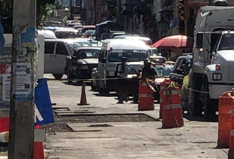 Vecinos de Izúcar se inconforman con el bacheo y cierre de calles