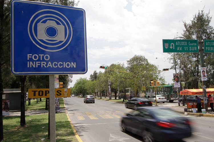 Fotomultas desaparecen en Puebla; concluyó contrato de Autotraffic