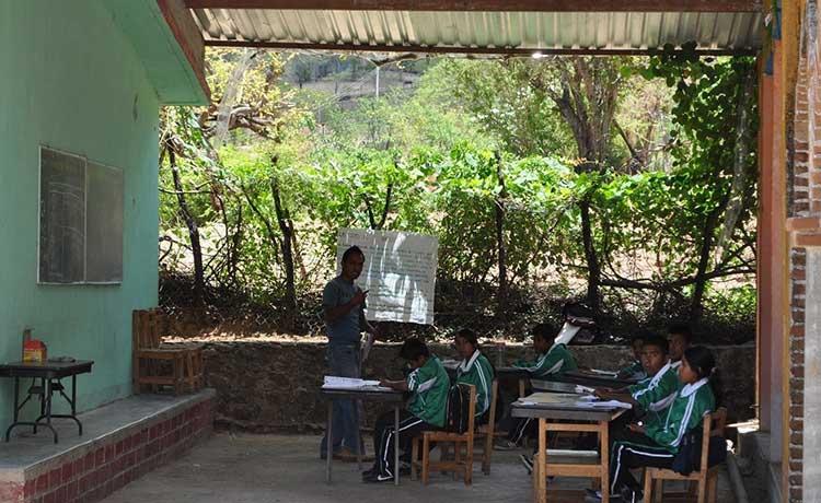 Migración disminuye matrícula escolar en comunidades de la Mixteca