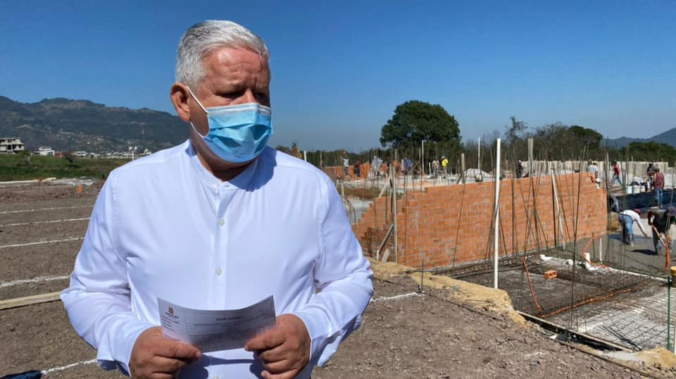 Deja Carlos Peredo Grau alcaldía de Teziutlán para buscar reelección