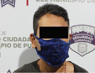 La detienen por robar con ayuda de dos adolescentes en El Refugio