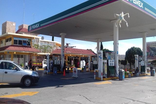 Gasolineras de la Mixteca se quedan sin combustible por bloqueos