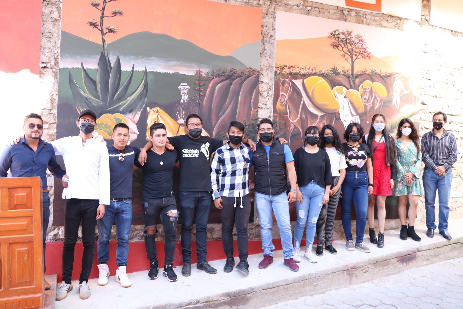 Murales a cien años de paso de Carranza en Tetela de Ocampo