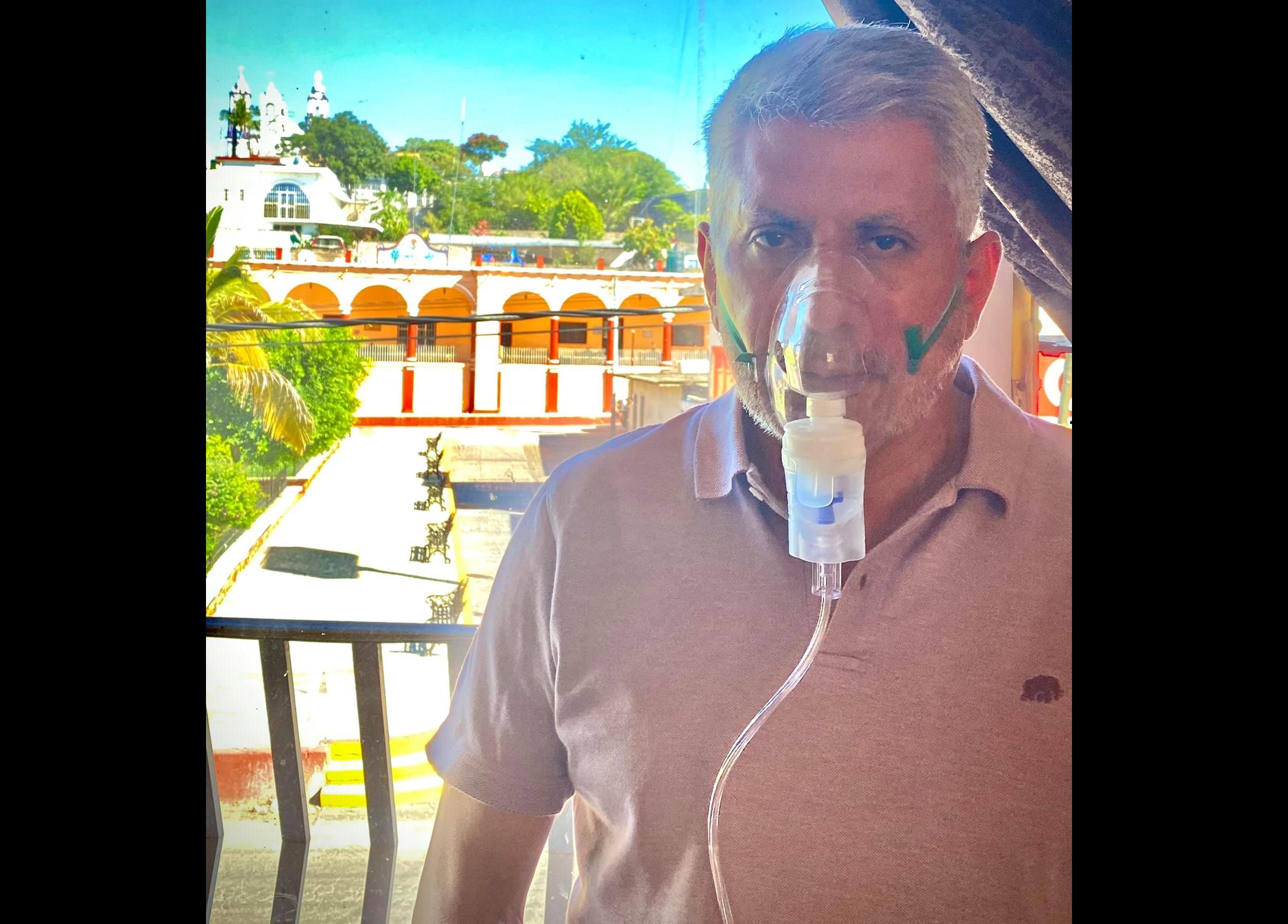 Edil acude con tanque de oxígeno a entrega-recepción en Chinantla