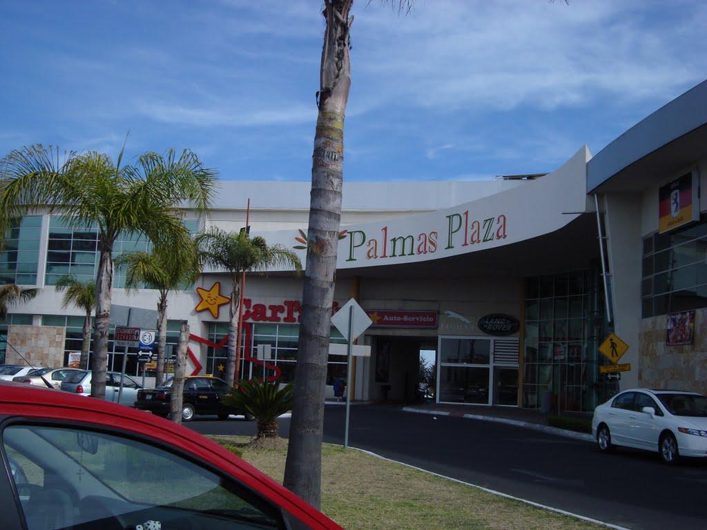 Arrebatan 340 mil pesos a cuentahabiente en Palmas Plaza