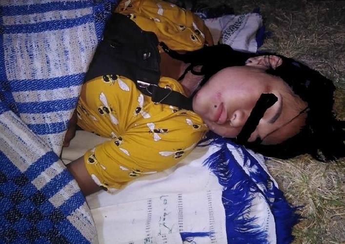 Encobijada y golpeada pero viva, encuentran a joven en Puebla