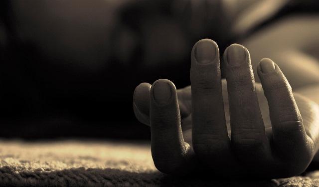 Asesinan a joven mujer y dejan su cuerpo en predio de Tecamachalco