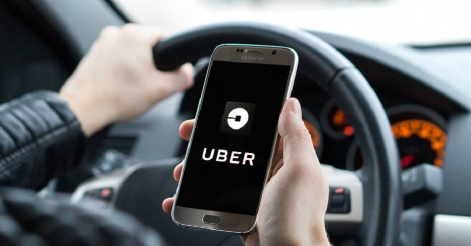 SAT resta ingresos a conductores de Uber y DiDi