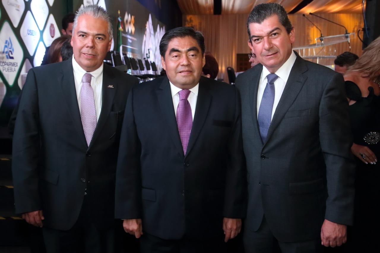 Puebla no se descompuso en 2 años de controversia, se pudrió antes: Barbosa