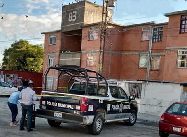 De un disparo en el mentón matan a mujer en Infonavit de Atlixco