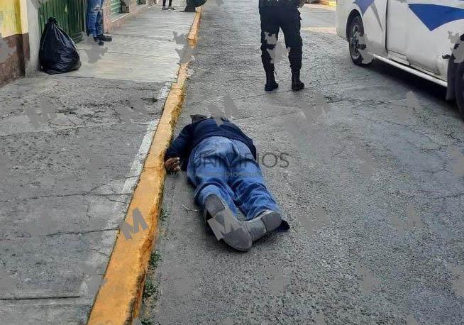 Abuelito cae de su propia altura y muere en calles de San Pedro Cholula